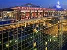 Hotel Hilton na pra�sk� Florenci je na prodej. Nejv�t�� �esk� hotel nab�z� rozs�hl� konferen�n� prostory.