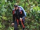 Španělský cyklista Alberto Contador při výstupu na nejvyšší africkou horu Kilimandžáro.