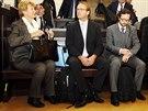 Jana Hendrichov� (vlevo), n�m�stkyn� tehdej��ho vicepremi�ra Alexandra Vondry,...