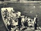 Nástupiště výletních lodic u Horního slapu Svatojánských proudů (r.1929)
