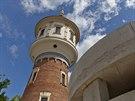 Osm let trvala rekonstrukce libeňské vodárenské věže Mazanka a její přestavba na rezidenci.