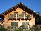 Barvu rolet lze sladit s celkovým vzhledem domu.