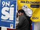 """""""Teď je ta hodina, hlasujte pro nezávislost!"""" vyzývají slogany příznivců katalánské samostatnosti (Barcelona, 8. listopadu 2014)."""