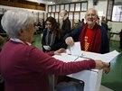 Katalánci hlasují o své nezávislosti, výsledky však nejsou pro madridskou vládu závazné (Barcelona, 9. listopadu 2014).