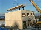 Nosná konstrukce byla postavena za dva a půl dne.