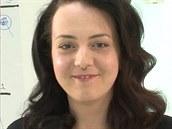 Kade�nice Nina Kraj�o p�ed nato�ením vlas� a po n�m.