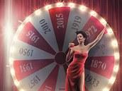 Eva Greenová na obálce kalendáře Campari pro rok 2015