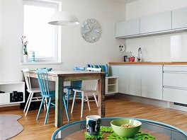 D�tsk� pokoj navazuje barevn� na kuchyni s j�deln�m koutem.