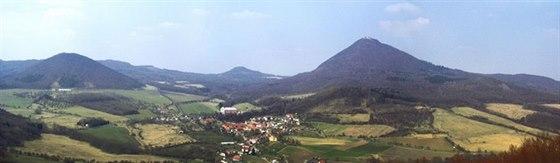 Panorama Milešova a nejvyšší hory Českého středohoří - Milešovky