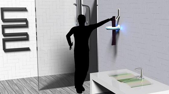 PureTowel je chytrý věšák na ručníky, který vyčistí ručník okamžitě po jeho použití, vytváří tak čistější a zdravější koupelnu.