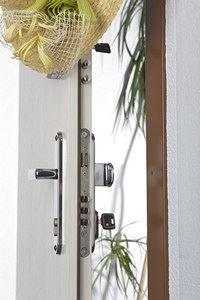 Certifikované bezpečnostní dveře doporučuje policie i MV ČR
