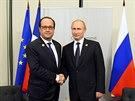 Ruský prezident si vyslechl výčitky kvůli Ukrajině i při setkáních s řadou dalších západních vůdců, včetně francouzského prezidenta Françoise Hollanda (15. listopadu)