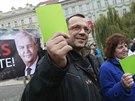Setkání příznivců Miloše Zemana na pražském Klárově. Na snímku je politik ČSSD Jaroslav Foldyna.