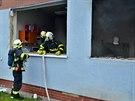 Některé kanceláře v přízemí byly výbuchem i požárem takřka zcela zničeny. (18. listopadu 2014)
