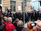 Německého prezidenta Gaucka trefilo v Praze vejce. (17. listopadu 2014)