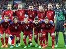 Z�KLADN� SESTAVA. �e�t� fotbalist� v utk�n� proti Islandu.