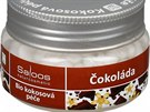 Bio kokosov� olej s v�n� �okol�dy zn. Saloos je vhodn� na ka�dodenn� hydrataci such� poko�ky t�la i na relaxa�n� mas�. Aromatick� v�ta�ky z kakaov�ch bob� zklid�uj� mysl. Cena od 148 korun