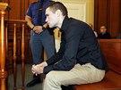Marek Půček je obviněn z toho, že svým BMW naboural do zastávky na náměstí Kinských, smrtelně zranil dívku a od nehody utekl.
