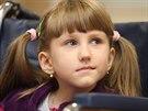 Sedmiletá Veronika Hambálková trpí extrémní lomivostí kostí. Po třech operacích v přerovské nemocnici se ale blíží její sen postavit se na nohy a chodit.