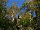 Podzim v Saském Švýcarsku. Porosty na úbočích Brandu jsou součástí 1. zóny národního parku.