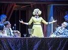 Záběr z karlínského muzikálu The Addams Family