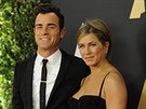 Justin Theroux a Jennifer Anistonov� (Los Angeles, 8. listopadu 2014)