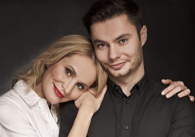 RODINA POD LUPOU: Monika Absolonová a její bratr Marek Absolon