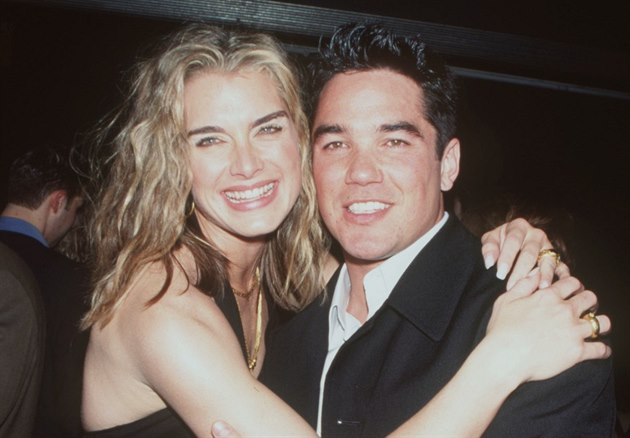 Brooke Shieldsová a Dean Cain (4. dubna 2000)