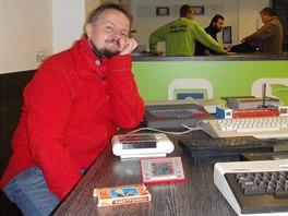 Michal Rybka u zlomku své technické sbírky