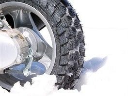 Zimní pneumatika na skútr
