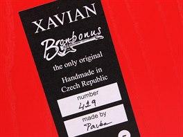Každá reprosoustava Xavian je ručně vyrobena v České republice a nejlevnější Bonbonus nejsou výjimkou. A má vlastní pořadové číslo.