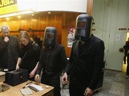 The Cyborgs při autogramiádě