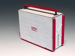 Hurá na Měsíc! Kufřík na nářadí MOTYL BOX autor navrhl pro geologický průzkum Měsíce.