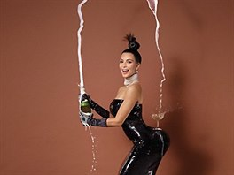 Kim Kardashianová v magazínu Paper (2014)