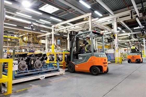Zástupce široké řady elektrických vozíků Toyota Traigo s nízkou spotřebou energie a systémem aktivní stability ve standardu.