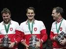 ŠTĚSTÍ. Se odráží ve tvářích Stana Wawrinky, Rogera Federera a kapitána švýcarského týmu Severina Luthiho. Pro Švýcary je to ideální závěr tenisového roku.
