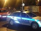 V Říjnové ulici v pražských Ďáblicích unikal plyn (24. listopadu 2014).