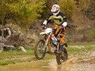 KTM Freeride E - Vody se rozhodně bát nemusíte, Freeride můžete klidně celý potopit.