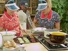 Linda s Katkou ve svém imrpovizovaném stánku rychlého občerstvení servírují řepné a mangoldové burgery spolu s těmi hovězími, dojde i na hranolky a kuřecí nugetky.