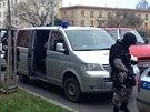 Středeční zásah policie v Novodvorské ulici v Praze u muže, který vyhrožoval sebevraždou.