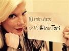 Tori Spellingová nevynechá jedinou příležitost, aby upoutala na svou reality show True Tori.