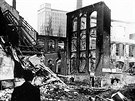Americké bombardéry svrhly na Zlín 260 zápalných, trhavých i časovaných bomb o celkové váze 65 tisíc kilogramů.