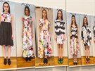 Giles Deacon připravil druhou kolekci pro P&G Fabric Care, tentokrát uvedl celkem 14 modelů. Oproti většiny designových oděvů, které dle instrukcí může čistit pouze profesionální čistírna, lze tyto šaty prát v pračce.