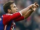 Mario Götze z Bayernu Mnichov se raduje z gólu proti Hoffenheimu.