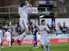 JÁ SI POSKOČÍM, JÁ SI VYSKOČÍM. Cristiano Ronaldo (ve vzduchu) se gólově prosadil i proti Eibaru.