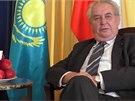 Ukrajina by podle Zemana nem�la b�t v NATO. Nab�z� j� finlandizaci