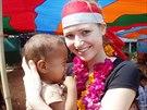 Eva �ere���kov� v banglad�sk� vesnici Katabary