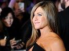 Jennifer Anistonová (Londýn, 12. listopadu 2014)