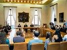 Začátkem listopadu ukrajinské studenty přijal rektor Univerzity Karlovy Tomáš Zima.