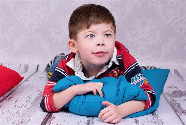 Malý Jakub p�i�el na sv�t s centrálním hypotonickým syndromem s...